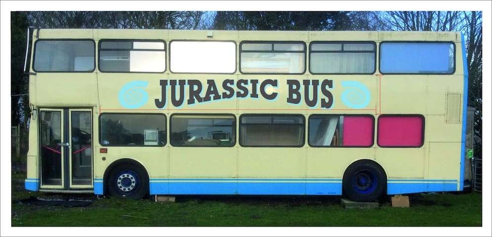 Jurassic Bus near Durdle Door and Lulworth Cove