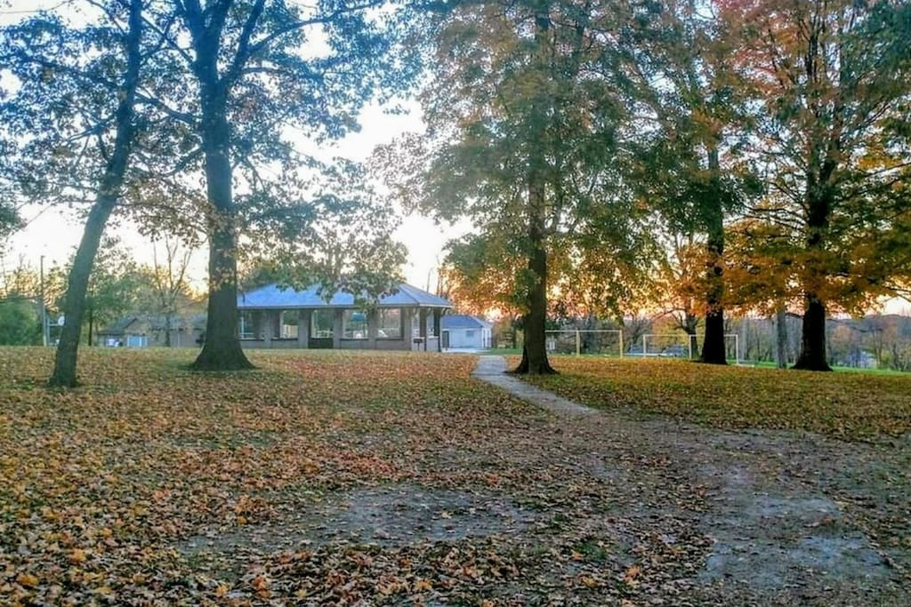 Park located behind the house. Water park, tennis courts, volleyball, and basketball.
