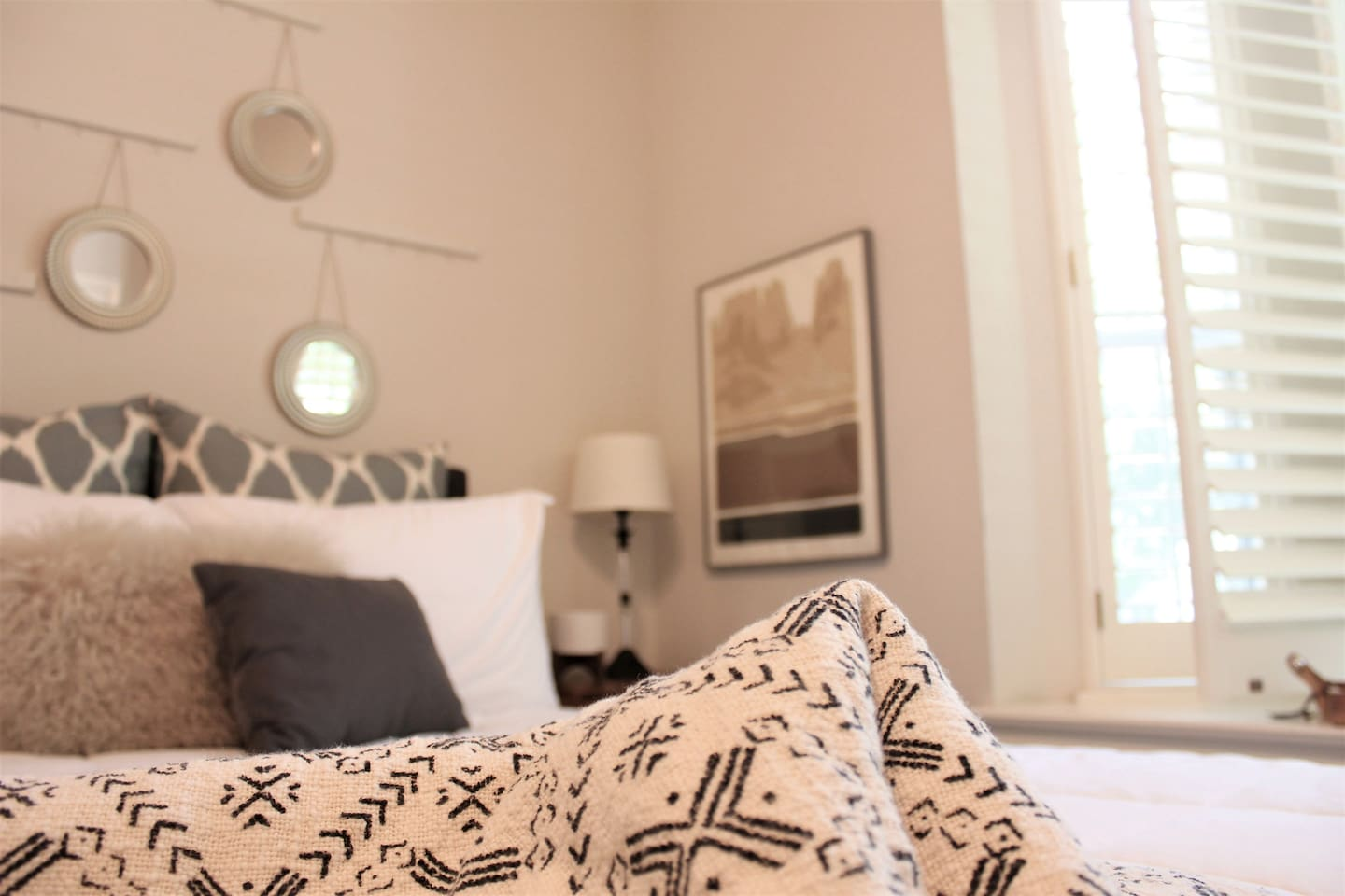Mix of patterns and textures for the up most comfy stay