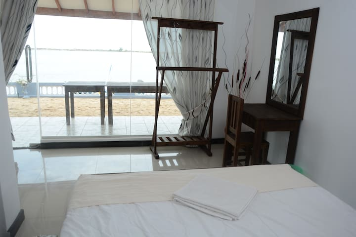 Superior Double Room with Terrace and Lagoon View