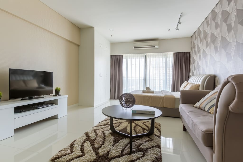 Fully furnished studio with a modern feel