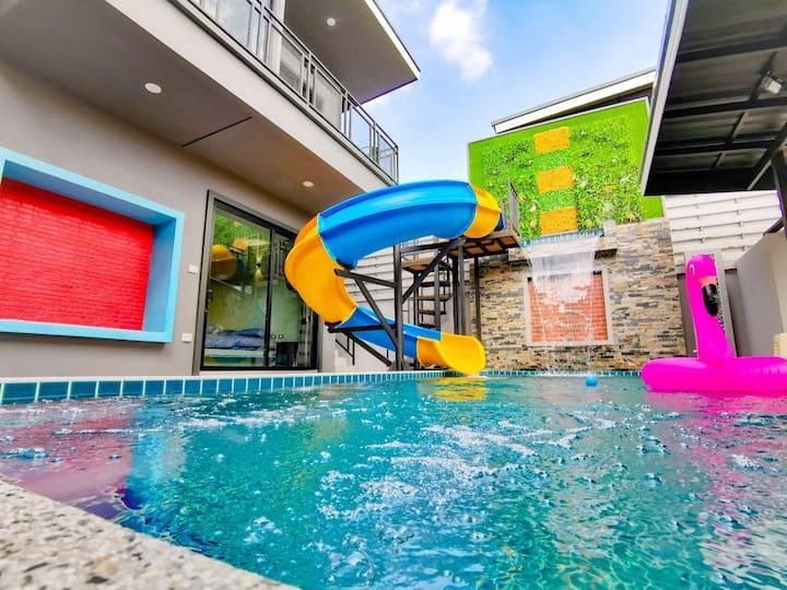 Lounge in Loft HuaHin Pool Villa.