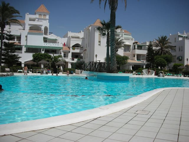 HOLIDAY APARTMENT TO 75 METERS FROM THE BEACH - Almerimar - Apartment