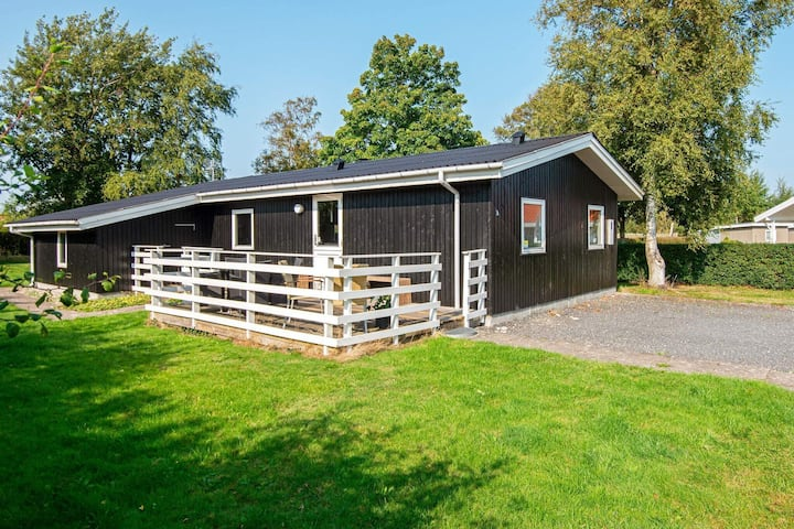 Modern Holiday Home in Juelsminde with Jacuzzi