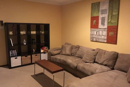 Spacious clean unit on Hannans with pool