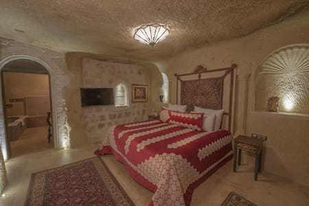 Deluxe Room (Bathtub, Hammam + Breakfast For 2) - Ortahisar - Butik otel