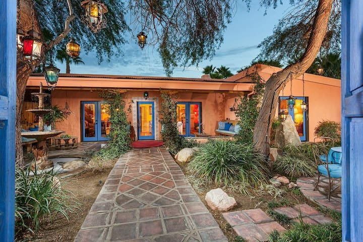 Extraordinary 1940's Spanish home-4 bed/4 bath