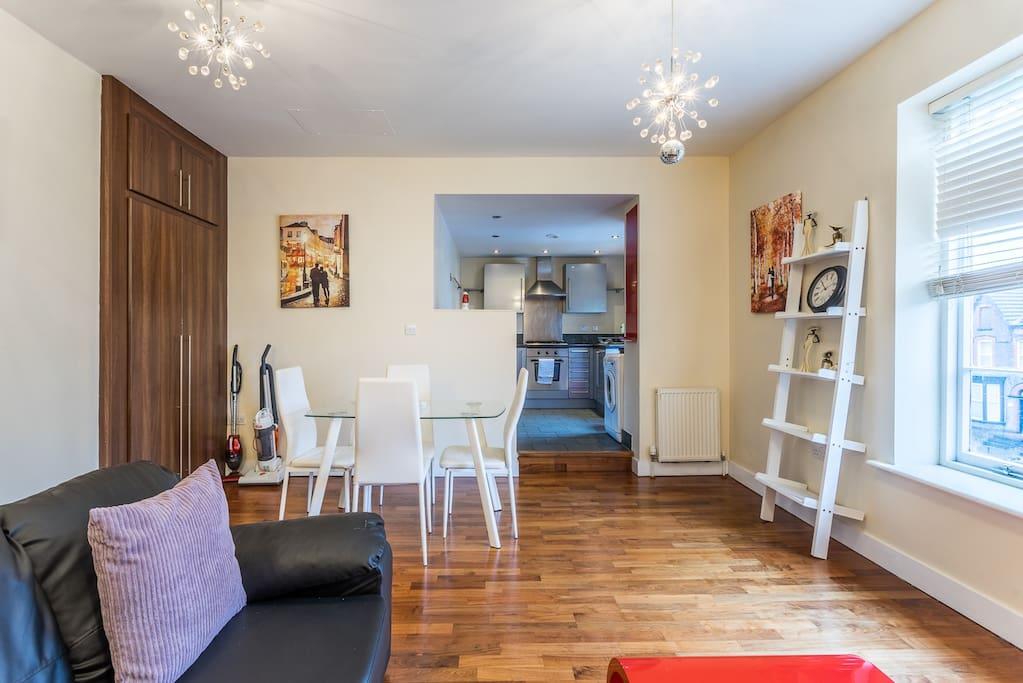 Open plan living/ dining room