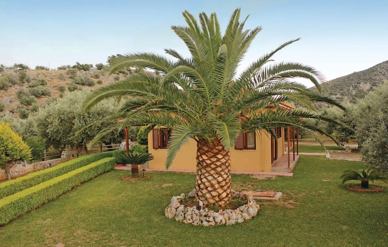 Holiday cottage with 2 bedrooms on 55m² in Agios Andreas Astros