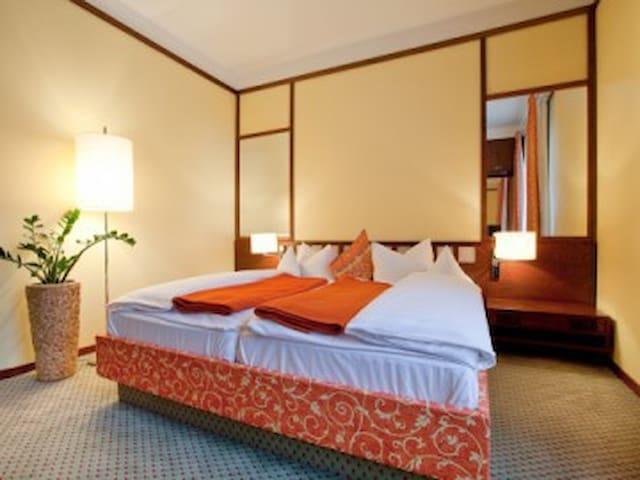 Suite Schlafbereich relexa hotel Bad Steben
