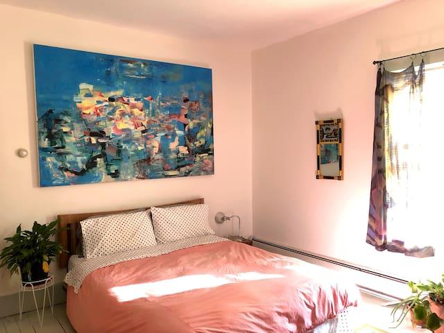 The queen bedroom.