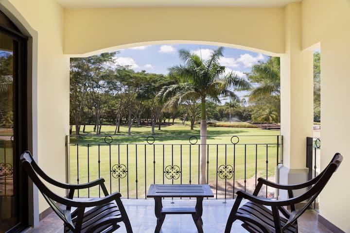 Spacious Condominium w/ golf course view