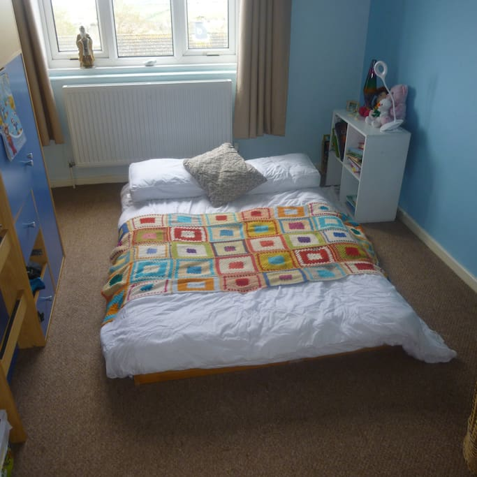 bedroom 2 - has 1 small double futon and 1 single midsleeper