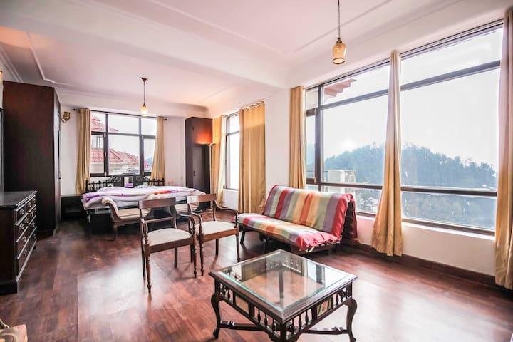 2 Bedroom Apartment | Balcony | Serene View