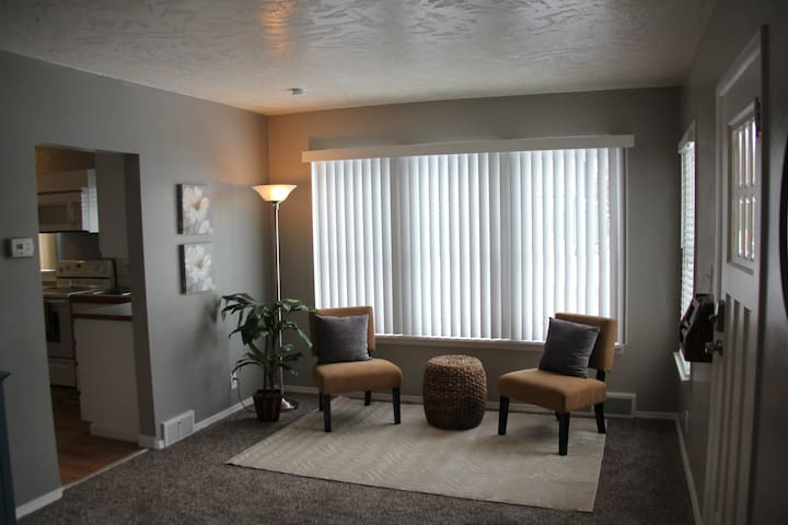 Walking Distance to Downtown Nampa - Nampa - Ev