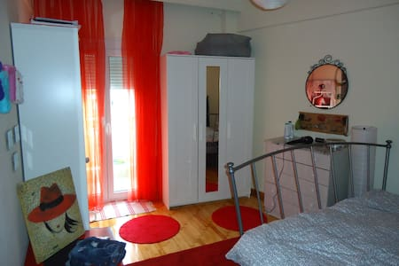 Comfortable and Clean room in the Centre of Thess - Thessaloniki