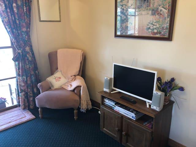 TV & DVD player in bedroom 1