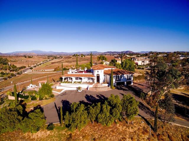 Spanish Villa w/ Amazing Views | Walk to Wineries! ❤ by AvantStay