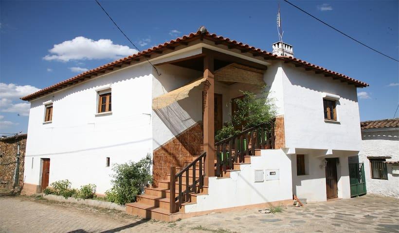 Casa da Ranheta - Tranquilidade da vida no campo - Bragança - Haus