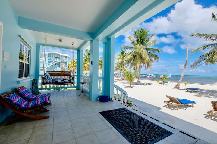 B1:Beachfront 3BR with porch, pool, bikes, kayaks!