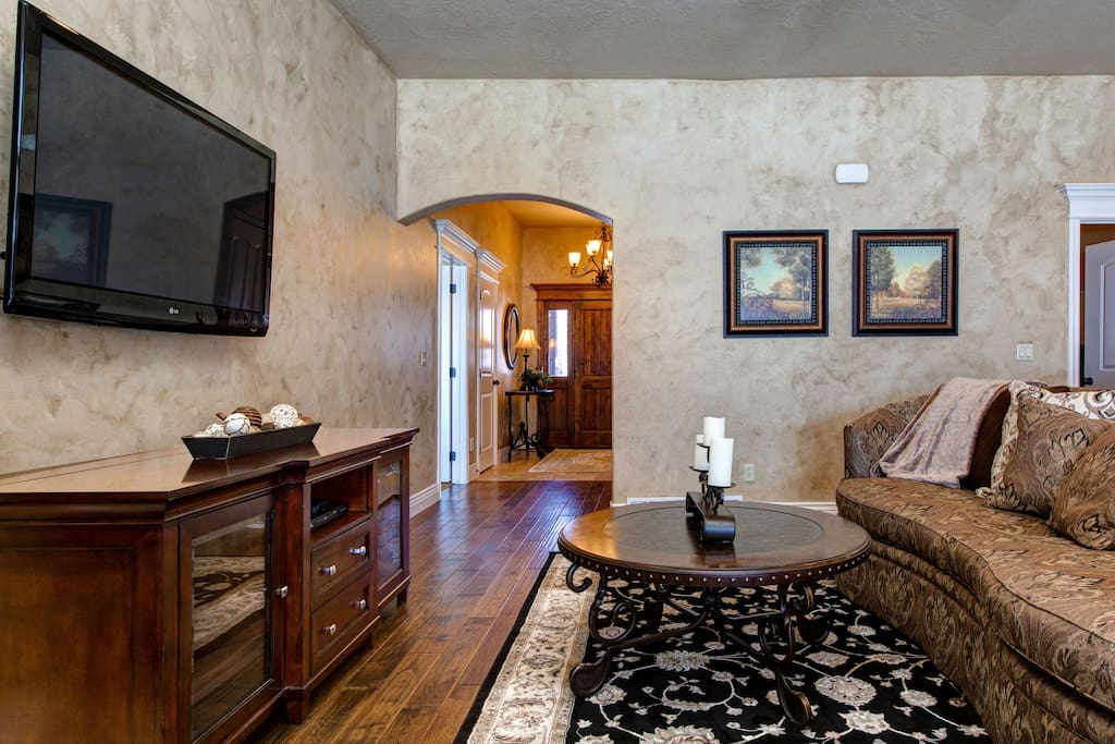 Enjoy our gourmet-style kitchen, king-size bedrooms, horse stables (up to 4 horses welcome!), and 2-car garage!