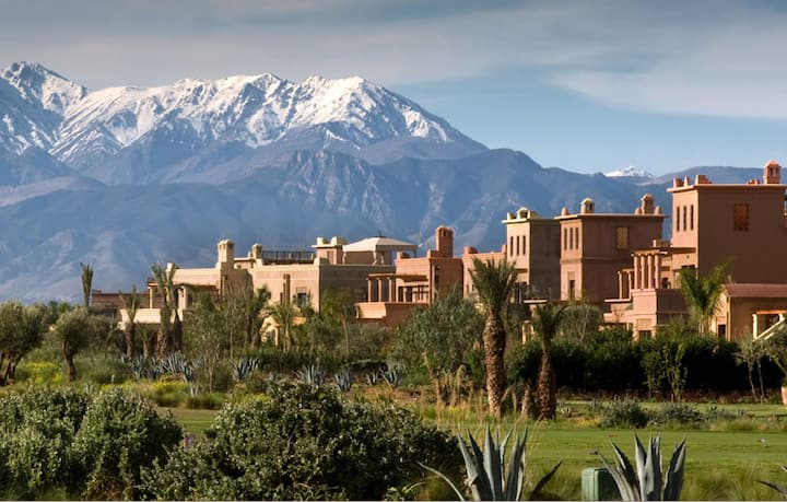 The Glamping on the views of the Marrakech Atlas