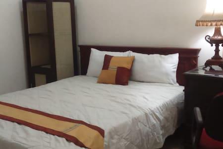 big comfy room for solo traveler - 玛琅 - 独立屋
