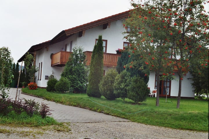 House in the Green, near Munich East, 1 - 8 Beds