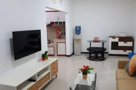 Brand NEW, 3 BR, Clean,Quiet & Nice_ Julie's house