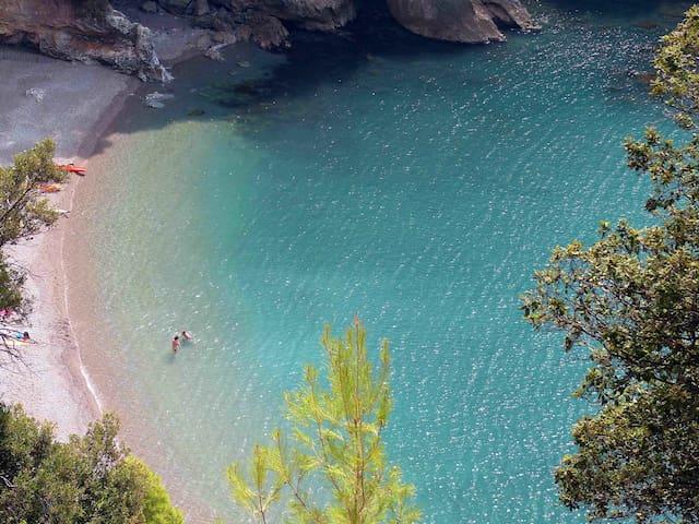 Casa Panigal 12P with pool WiFi BBQ near 5 Terre