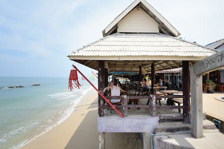 One Double-Bed Bungalow with Fan - Ko Lanta - Μπανγκαλόου