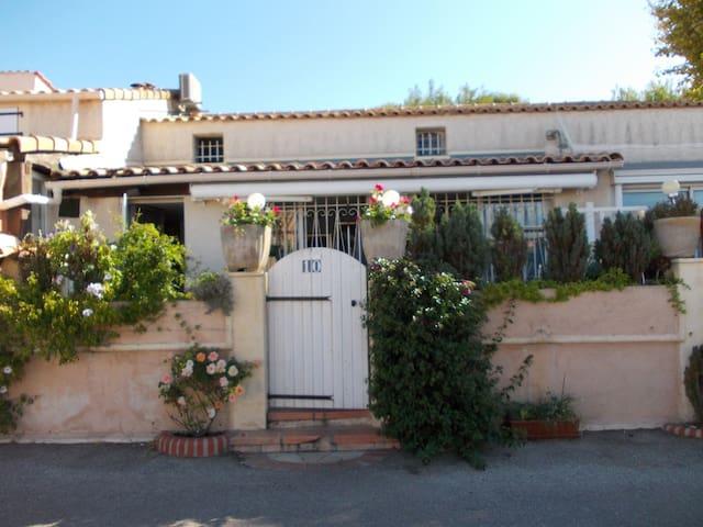 logement entier entre sanary et bandol - Sanary-sur-Mer - Hus