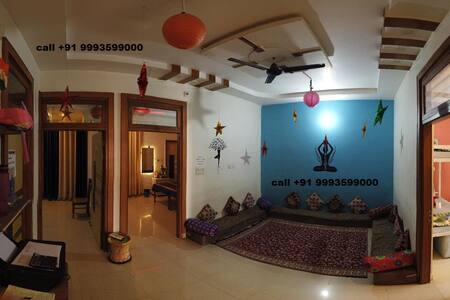 entire place near TAJ wth AIR CON @ SPIRITUAL YOGA