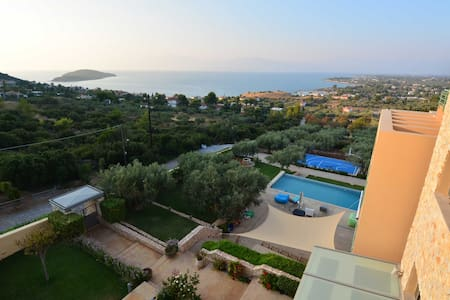The Med Apartment with stunning views (2nd Floor) - Drosia