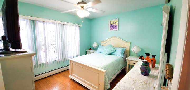 Nice room near LGA, Citi Field, Manhattan