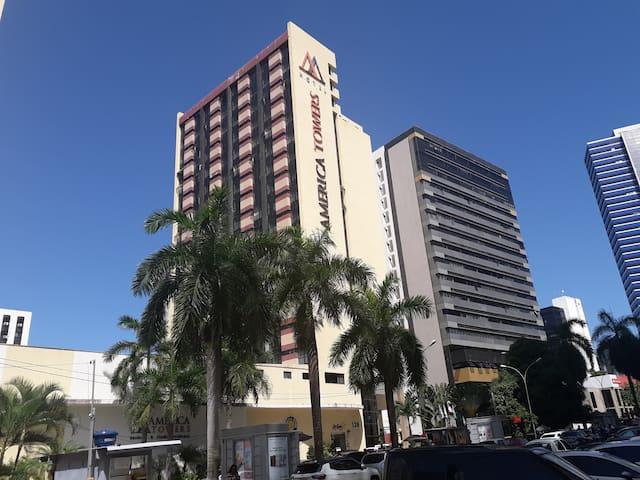 Flat América Towers. Ao lado do Salvador Shopping.