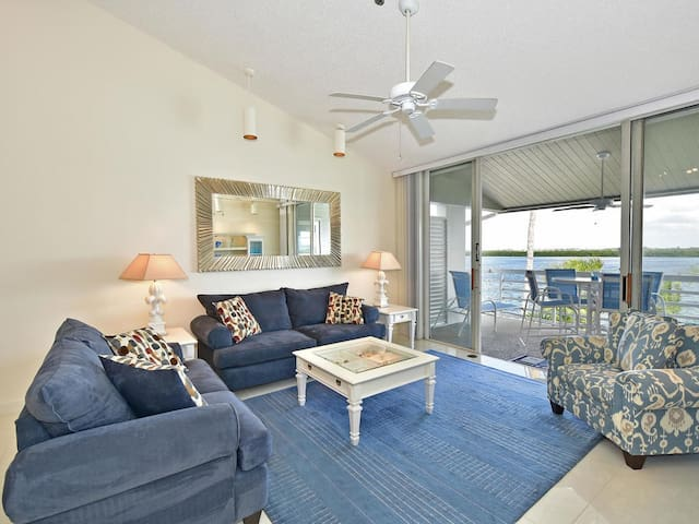 Longboat Key Condo Waterfront #309