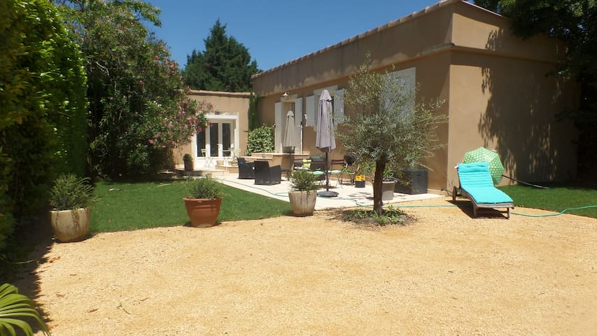 T3 Villa of 70 m² with 4 beds and garden
