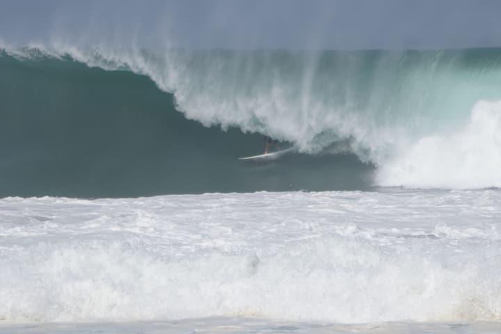 Surf room at zicatela so close to waves