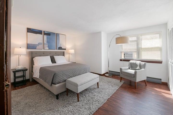 Fantastic Clean Quiet 3 Bedroom Near Hanscom