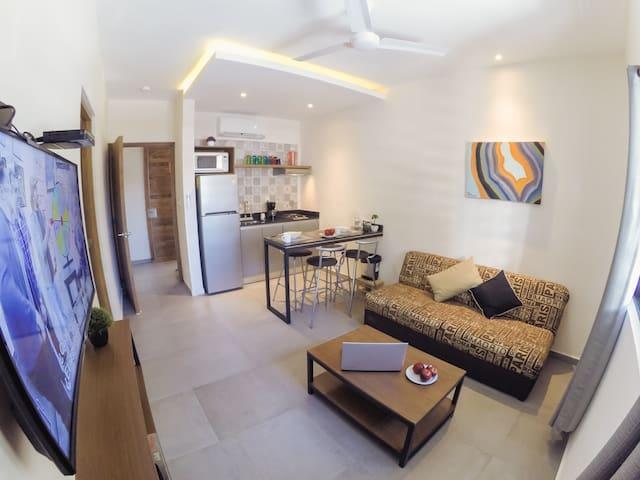 Magnific studio in downtown Viento Suites Cancun