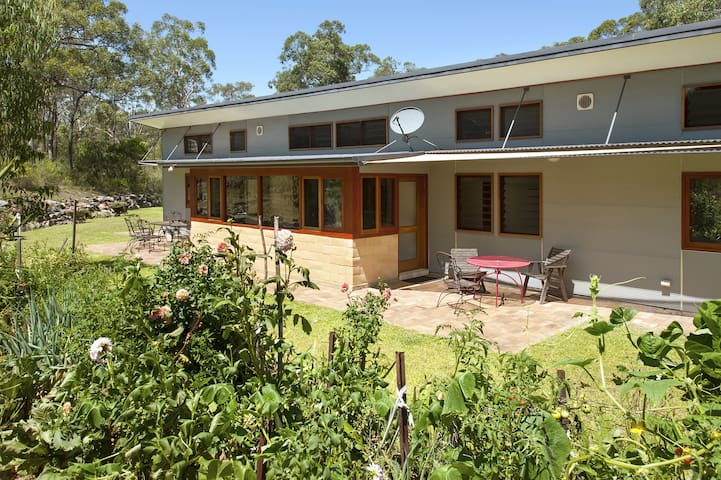 Unique, eco-friendly, rural house - Kangaroo Valley - Huis