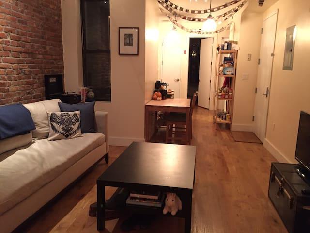 New Warm 4-Bedroom Apartment - Brooklyn - Leilighet