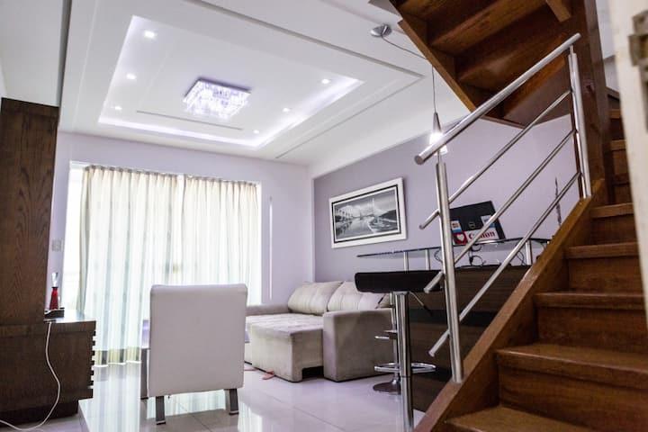 BEAUTIFUL DUPLEX-Class & Comfort