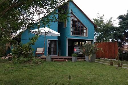 Habitación doble privada en La Paloma.