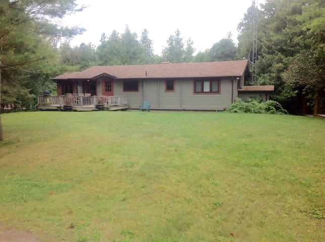 Private cottage Balsam Lk, Coboconk - Kawartha Lakes - Stuga