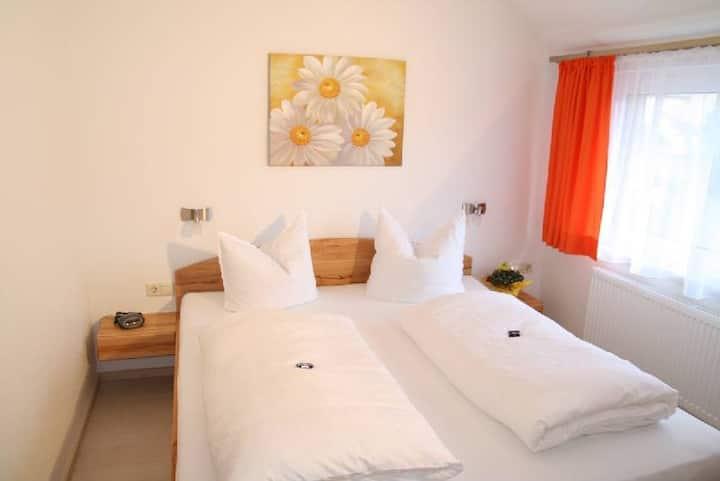 Gästehaus und Ferienwohnungen Kunkelmann, (Höchenschwand), 7 Ferienwohnung Erika, 35qm mit 1 Schlafzimmer für max. 3 Personen