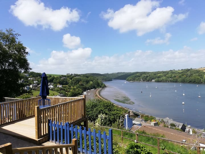 Robin Hill Lodge - Panoramic estuary views