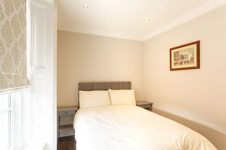 Family 3 Bedroom Apartment Molloy S Apartments Serviced Apartments For Rent In Dublin 1 County Dublin Ireland