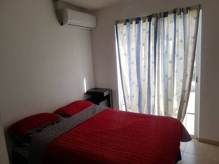 Habitación cómoda con todos los servicios Ac/ wify